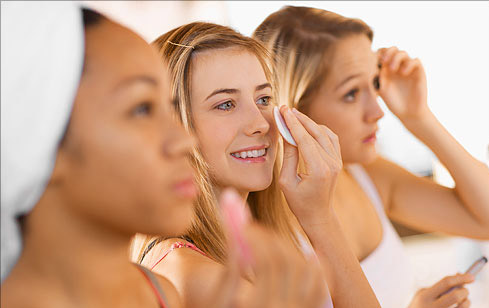 Maintaining a routine to have great skin is hard enough for most people. To add to the work, there are plenty of misconceptions about what one should do. Here are a few pieces of advice that, according to greatist.com, we should ignore.